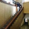 レトロな階段を登った先に…